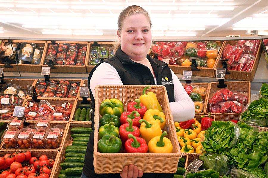 Frisches Obst und Gemüse bei EDEKA Fackler