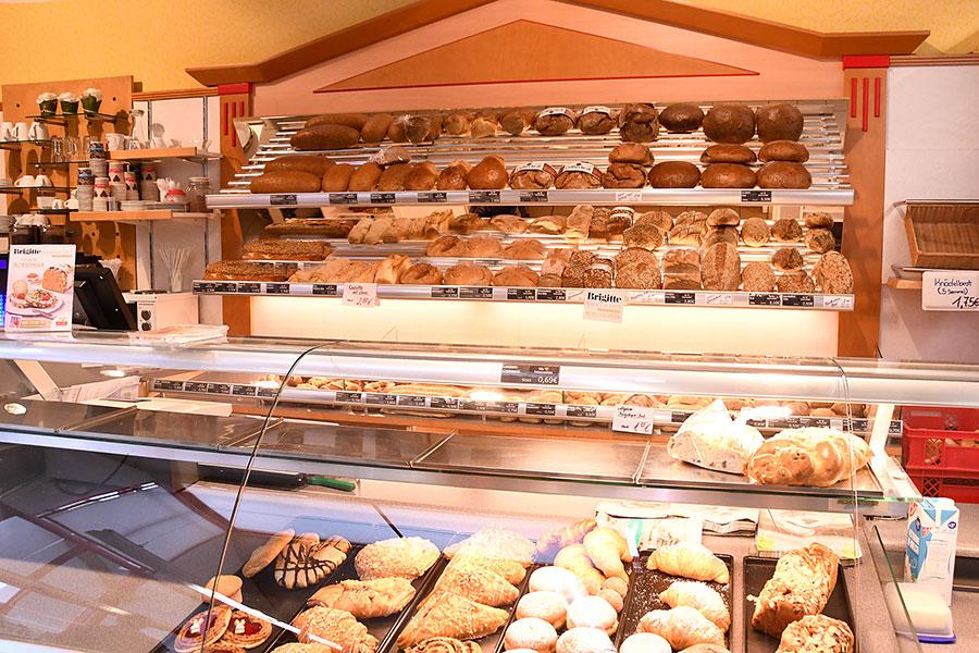 Bäckerei in der Vorkassenzone in Tannheim
