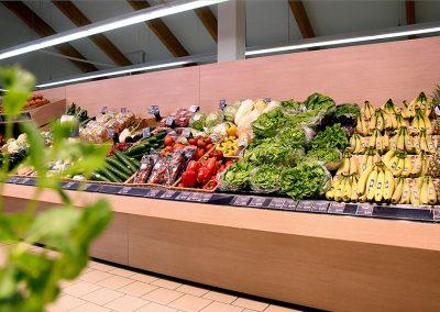 Frisches Obst und Gemüse im nah & gut in Tannheim