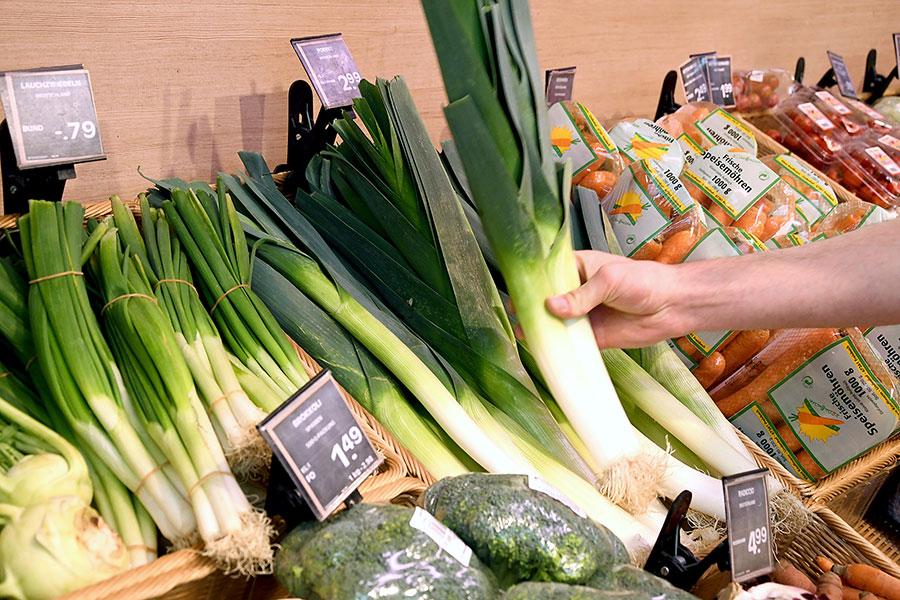 Frisches Obst und Gemüse in Tannheim